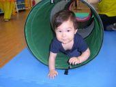 100年7月16日校園活動                     寶寶爬行比賽